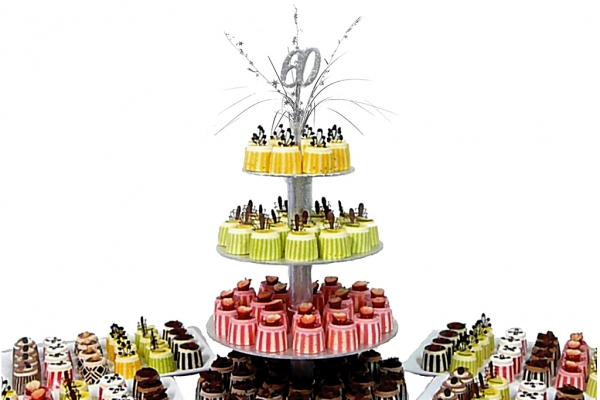 cocktail-gateaux-buffetE0D414B1-8AD6-E316-0985-EA0396C593A6.jpg