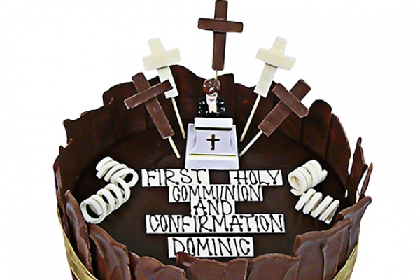 communion-milk-chocolate-cake913BD41E-FB35-846B-68BD-AB215EFB2F92.jpg
